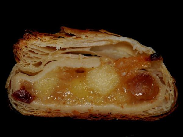 Worldfamous Viennese Apfelstrudel