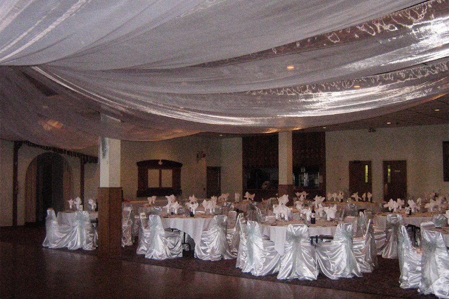Main Hall, Wedding